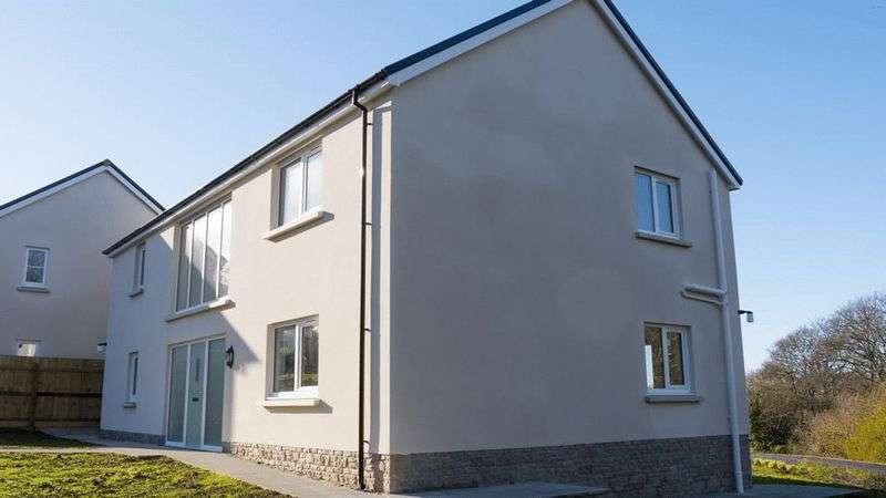 4 Bedrooms Detached House for sale in Plot 7, Green Meadows Park, Tenby
