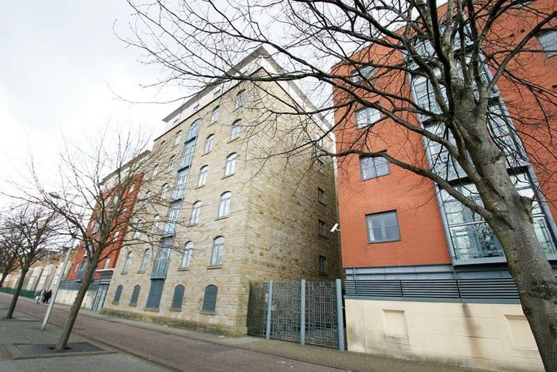 2 Bedrooms Apartment Flat for sale in The Granary, Lloyd George Avenue
