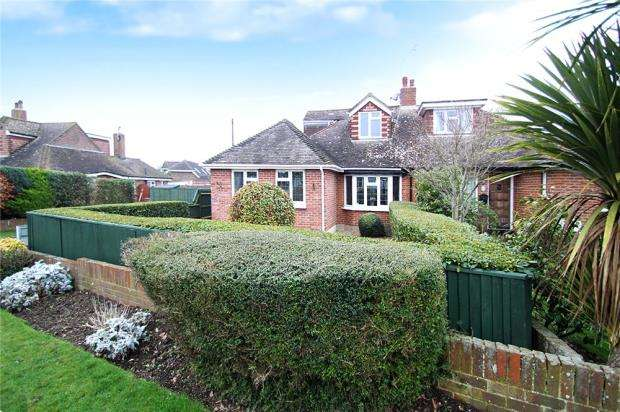 3 Bedrooms Semi Detached Bungalow for sale in Polperro Close, Ferring, West Sussex, BN12
