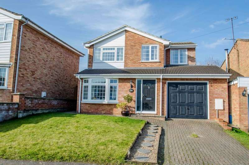 4 Bedrooms Detached House for sale in Bowmans Avenue, Hitchin, SG4