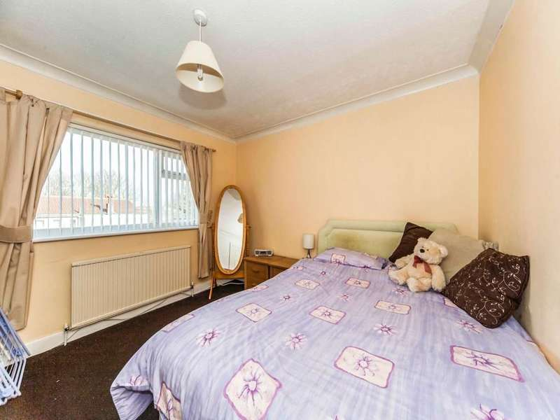 4 Bedrooms Semi Detached House for sale in Park Lea, East Herrington, Sunderland, SR3
