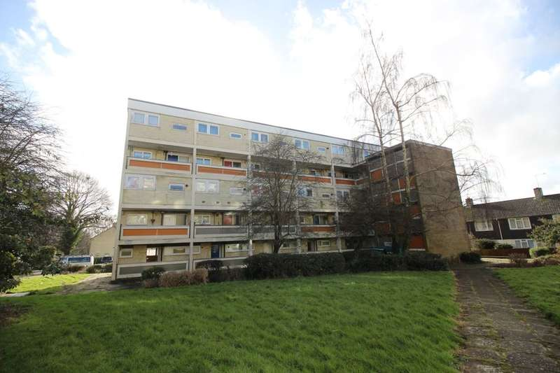 2 Bedrooms Flat for sale in Taranto Road, Southampton, SO16