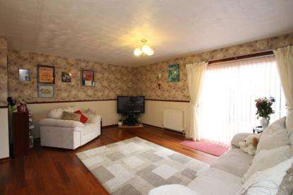 3 Bedrooms Terraced House for sale in Dawson Place, Bo'ness