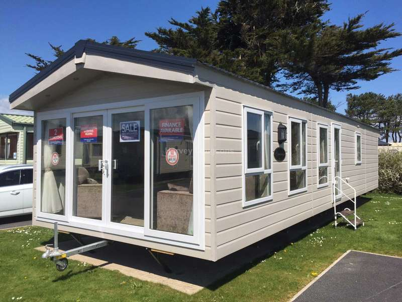 3 Bedrooms Lodge Character Property for sale in New Beach Holiday Park, Hythe Road, Dymchurch