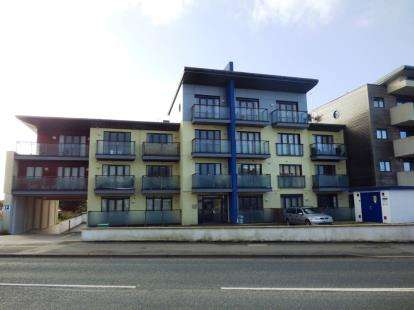 1 Bedroom Flat for sale in Henver Road, Newquay, Cornwall