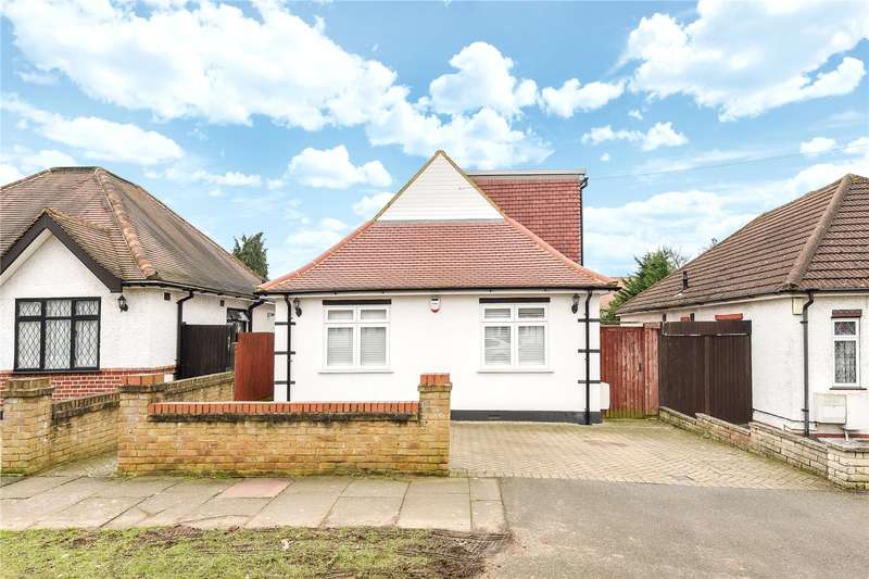 4 Bedrooms Bungalow for sale in Glenalla Road, Ruislip, Middlesex, HA4