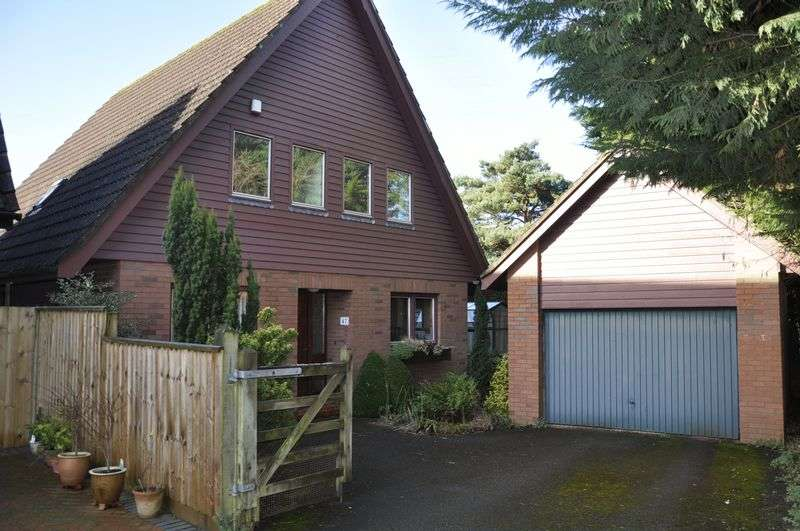 3 Bedrooms Detached House for sale in Karen Drive, Backwell, Bristol