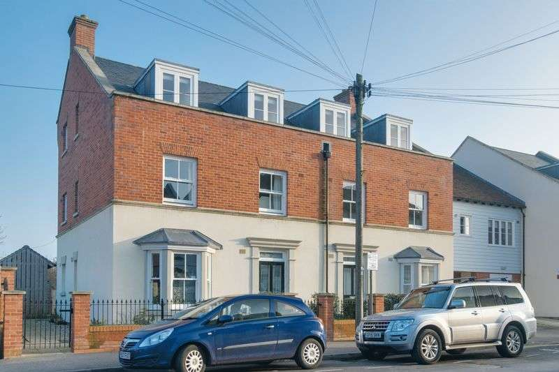 1 Bedroom Flat for sale in Canterbury