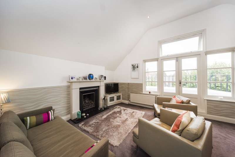 2 Bedrooms Flat for sale in Greencroft Gardens, London, London, NW6