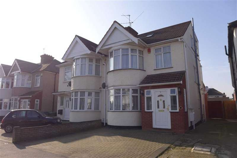 4 Bedrooms Semi Detached House for sale in Oakfield Avenue, Harrow, Middlesex
