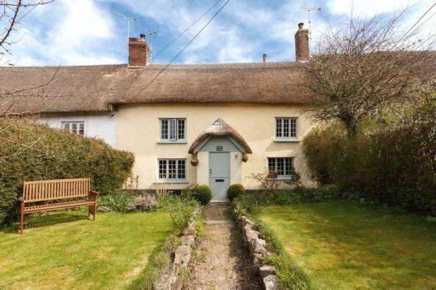 3 Bedrooms Terraced House for sale in Fore Street, Morchard Bishop, Crediton, Devon