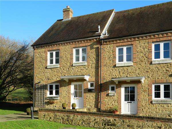 2 Bedrooms House for sale in Budgenor Lodge, Dodsley Lane, Midhurst