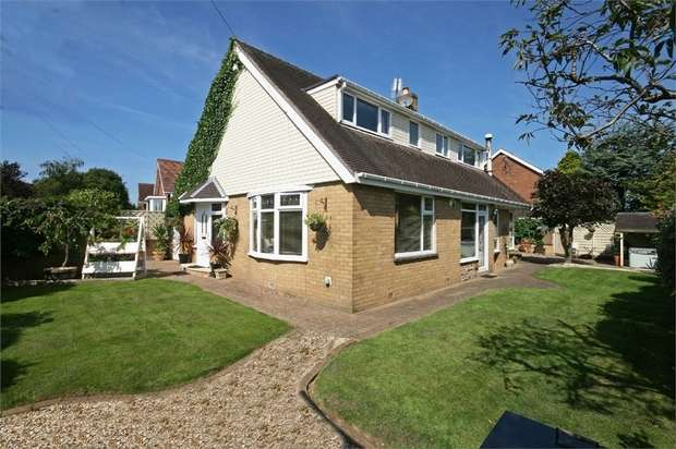 5 Bedrooms Detached House for sale in Beech Drive, Poulton-le-Fylde, Lancashire