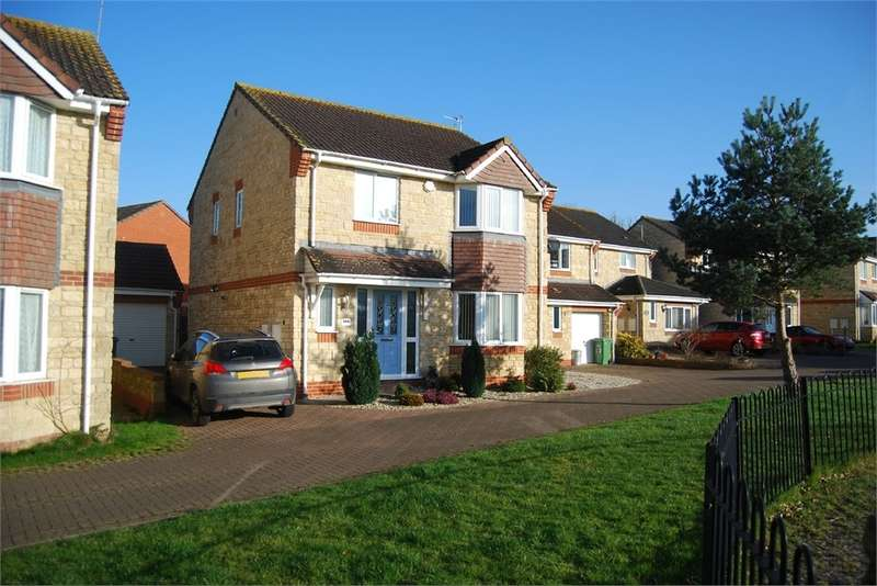 4 Bedrooms Detached House for sale in Arrowsmith Drive, Stonehouse, Glos