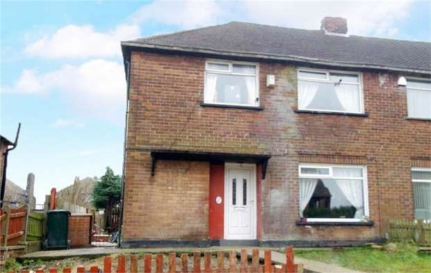 3 Bedrooms Semi Detached House for sale in Farleton Drive, Bradford, West Yorkshire