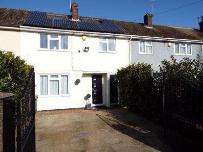4 Bedrooms House for sale in Havant, Hampshire