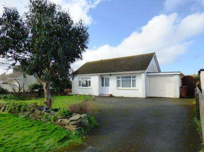 2 Bedrooms Bungalow for sale in Newquay, Cornwall, England
