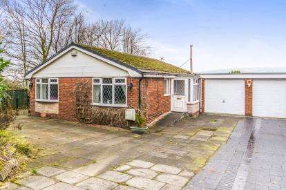 2 Bedrooms Bungalow for sale in Winslow Road, Bolton, Greater Manchester, BL3