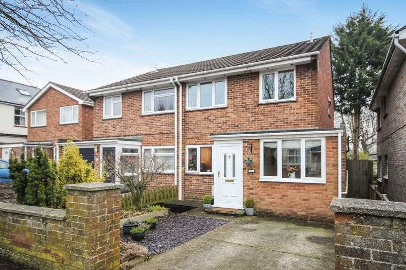 3 Bedrooms Semi Detached House for sale in QUEEN ALEXANDRA ROAD, SALISBURY, SP2