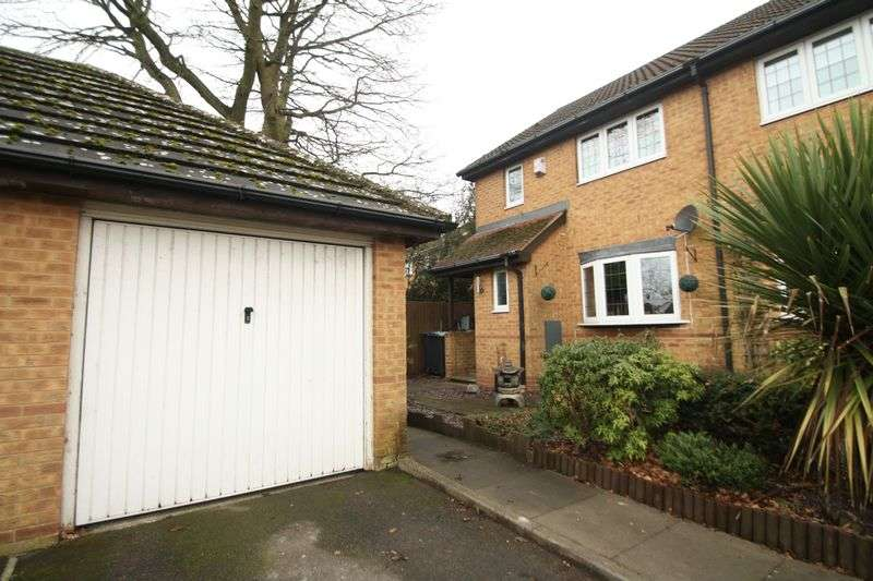 3 Bedrooms House for sale in The Sonnets, Hemel Hempstead