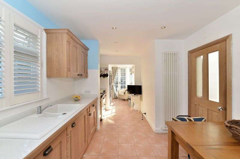 3 Bedrooms Terraced House for sale in Albion Drive, London Fields