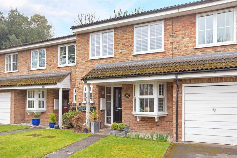 3 Bedrooms Terraced House for sale in Guards Club Road, Maidenhead, Berkshire, SL6
