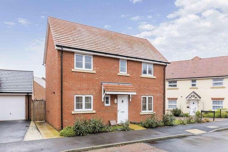 3 Bedrooms Detached House for sale in Skylark Avenue, Emsworth