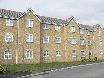 2 Bedrooms Flat for sale in Colonel Drive, West Derby, Liverpool