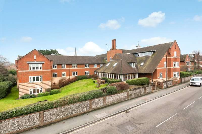 2 Bedrooms Retirement Property for sale in Canterbury Court, Station Road, Dorking, Surrey, RH4