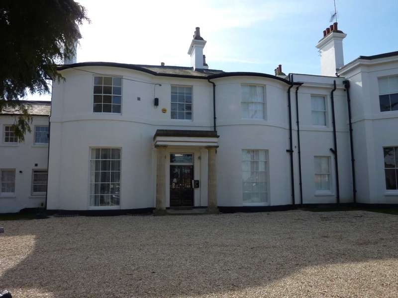 3 Bedrooms Apartment Flat for sale in Wilton Road, Reading