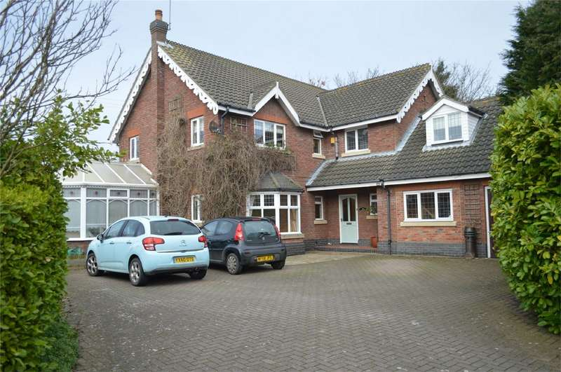 5 Bedrooms Detached House for sale in 10 Northumberland Avenue, Hornsea, East Riding of Yorkshire