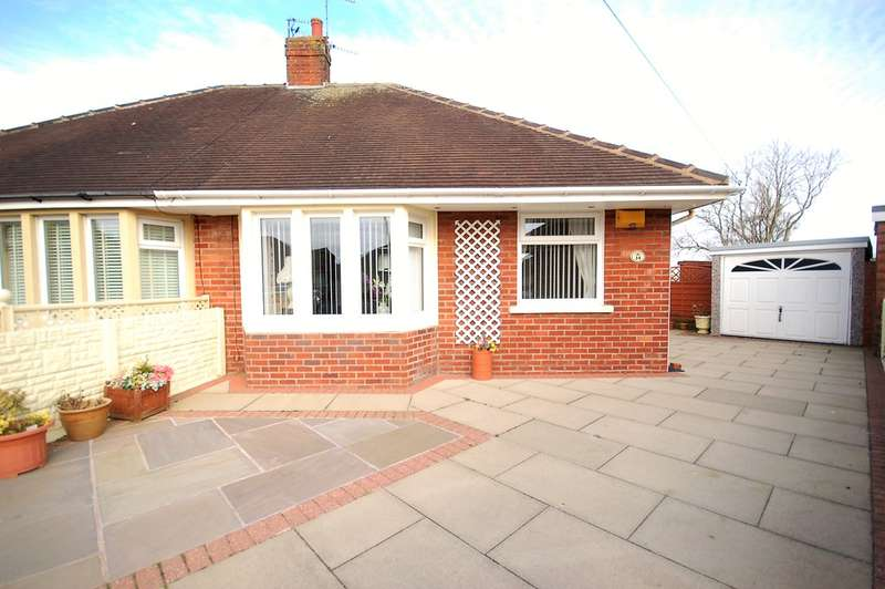 2 Bedrooms Semi Detached Bungalow for sale in Clitheroe Place, Blackpool