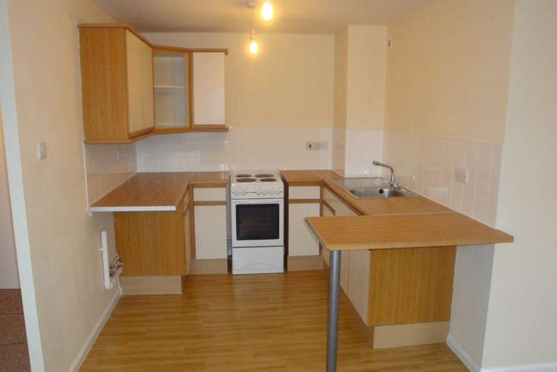 Apartment Flat for sale in 41 Searby Road, Bramley S66 3XX
