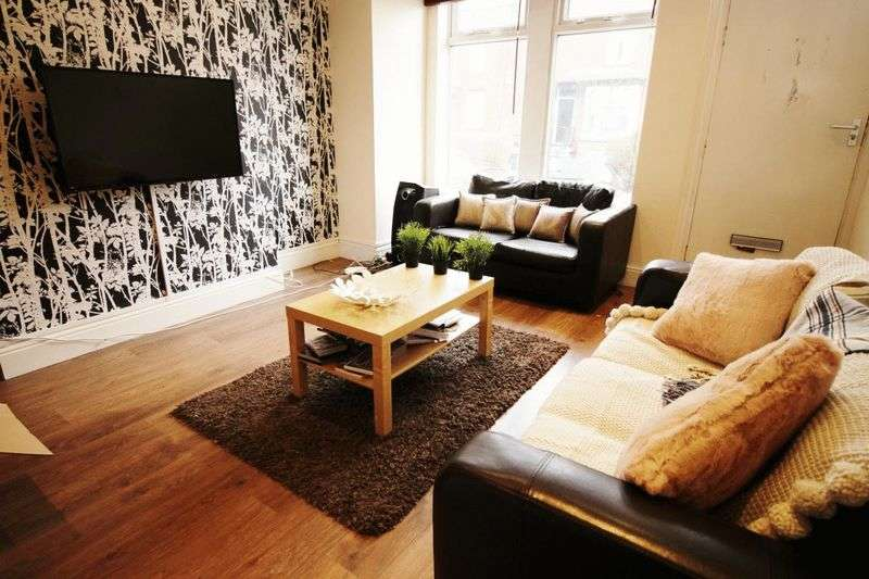 5 Bedrooms Terraced House for rent in Grimthorpe Terrace, Leeds