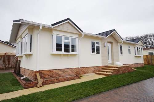 2 Bedrooms Park Home Mobile Home for sale in Woodlands Park, Hordle
