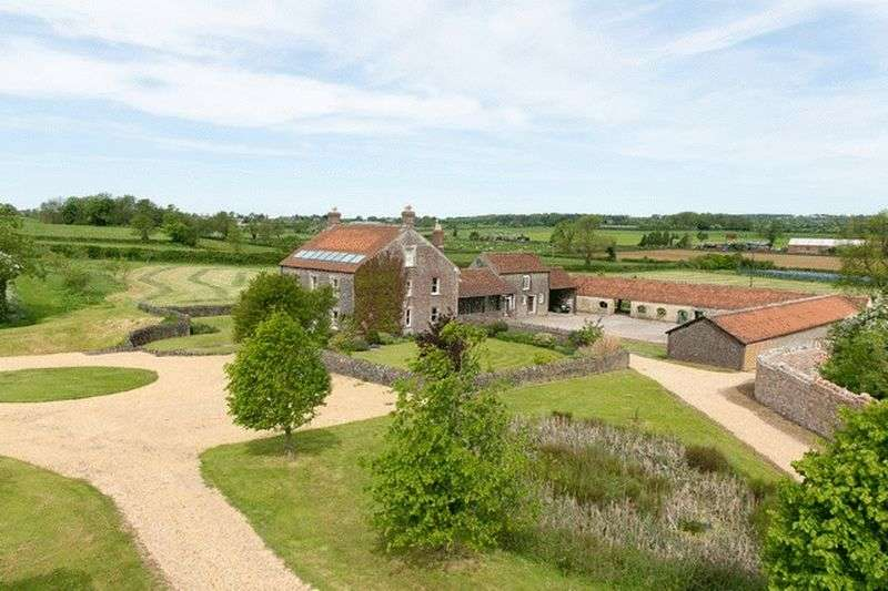 6 Bedrooms Detached House for sale in Cranmore, Somerset