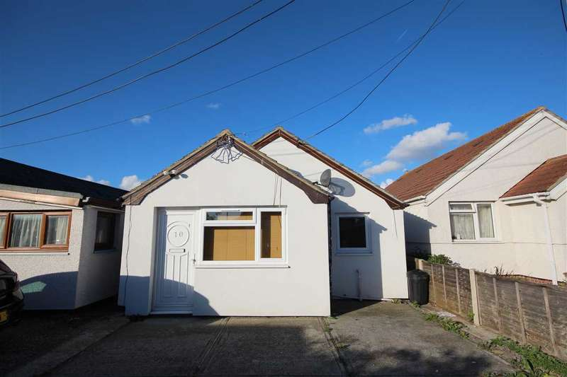 2 Bedrooms Bungalow for sale in Lake Way, Jaywick
