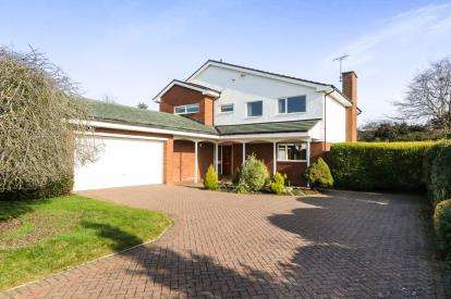 4 Bedrooms Detached House for sale in The Paddock, Curzon Park South, Chester, Cheshire, CH4