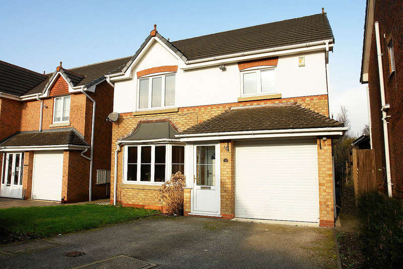 4 Bedrooms Detached House for sale in 31 Wrenbury Drive, Rochdale