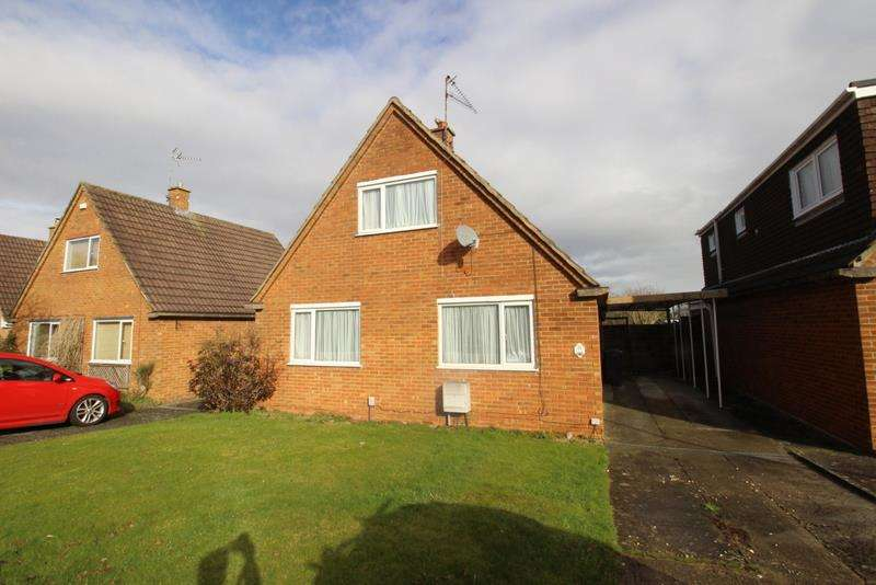 3 Bedrooms Property for sale in Guildford Avenue, Lawn, Swindon