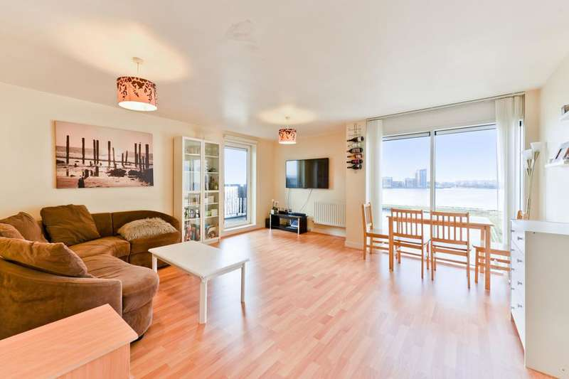 2 Bedrooms Penthouse Flat for sale in Rope Street, London SE16