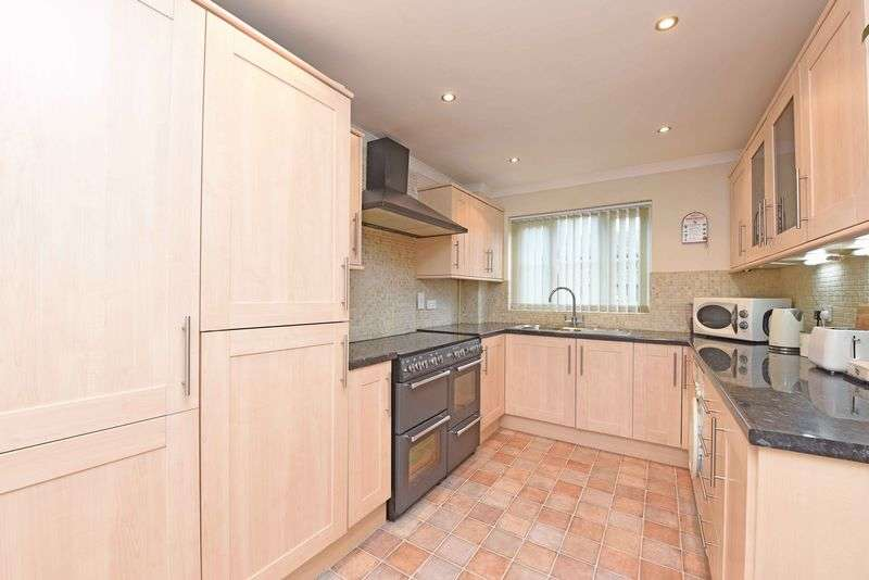 3 Bedrooms Detached House for sale in George Street, Kingsclere