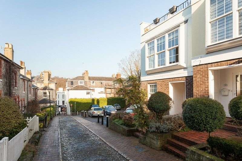 4 Bedrooms Terraced House for sale in Warwick Road, Tunbridge Wells