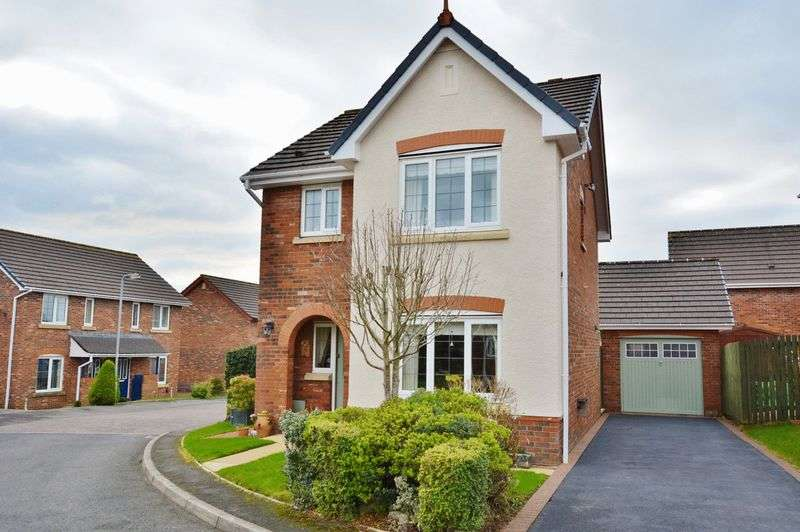 3 Bedrooms Detached House for sale in Fir Garth, Cleator Moor