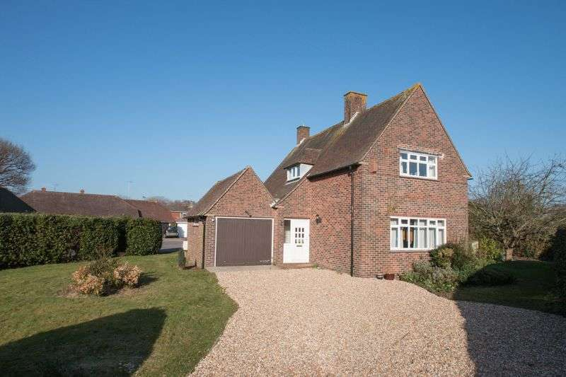 3 Bedrooms Detached House for sale in Creek End, Fishbourne