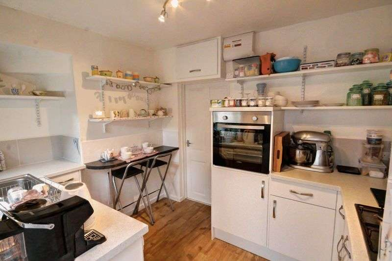 2 Bedrooms Terraced House for sale in Wonford Street, Exeter