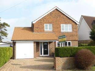 4 Bedrooms Detached House for sale in St. Nicholas Road, Littlestone, New Romney