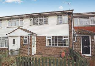 3 Bedrooms Terraced House for sale in Honeysuckle Court, Sittingbourne