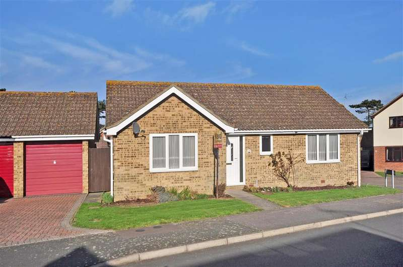 2 Bedrooms Detached Bungalow for sale in Cornwallis Avenue, Herne Bay, Kent