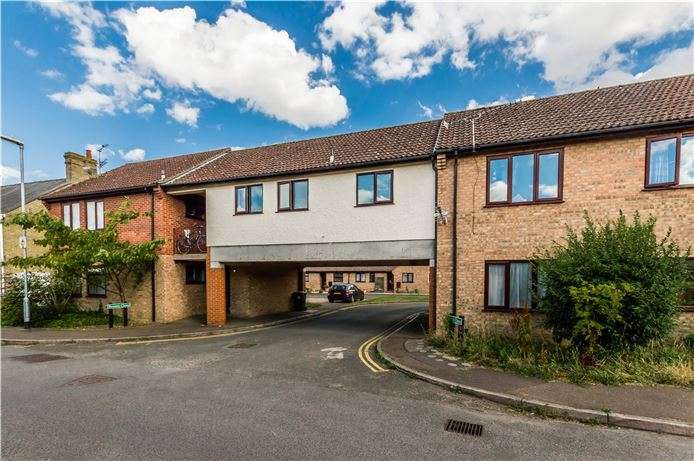 2 Bedrooms Flat for sale in Broom Close, Littleport